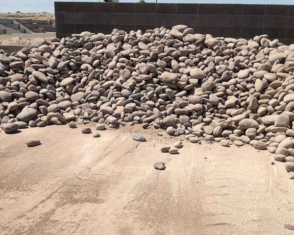 Valley sand and gravel photo gallery yuma az for Landscaping rocks yuma az